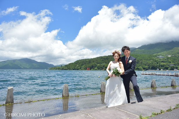 箱根芦ノ湖にて結婚式ロケフォト_083s