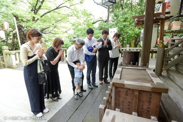 藤沢の神社で初宮参り