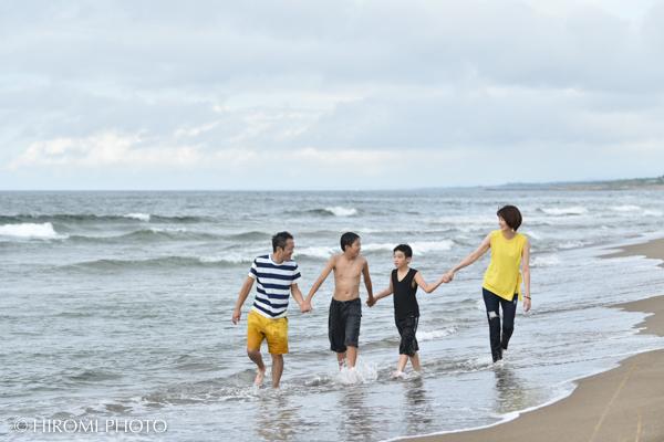 海で家族写真撮影@内灘