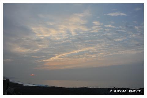 午前5時の空