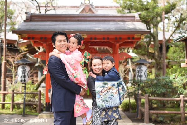 桜の季節の七五三撮影